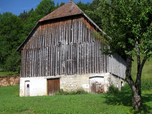 Photograph of A traditional barn in Mourinas, St. Pierre de Chartreuse