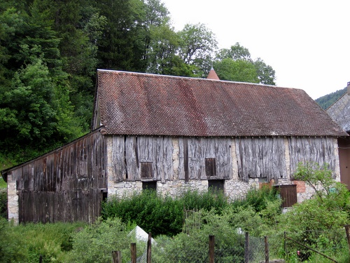 Photograph of A traditional barn in St. Pierre d'Entremont