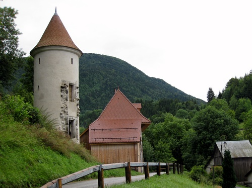 Photograph of A Rapunzel tower in St. Pierre d'Entremont