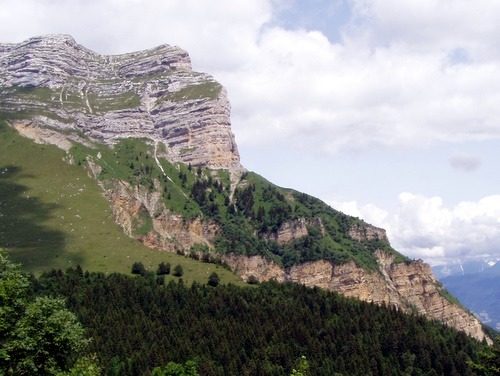 Photograph of Dent de Crolles showing the lithology. Jurassic limestone overlain by Hauterivian Marls and Cretaceous Limestones.