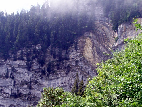 Photograph of Small scale thrust faulting and a fault-tip fold on l'Alpe