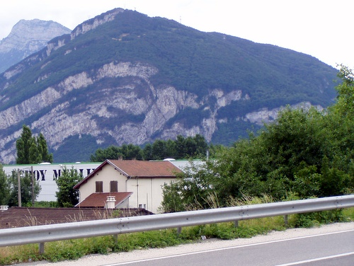 Photograph of Large scale fault-tip fold near Grenoble