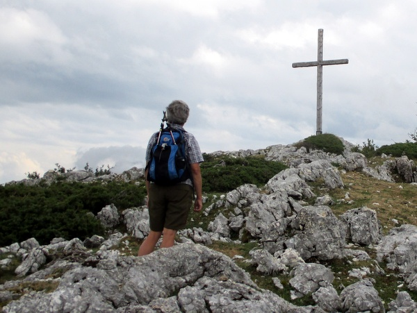 The summit cross on Mont Outhéran