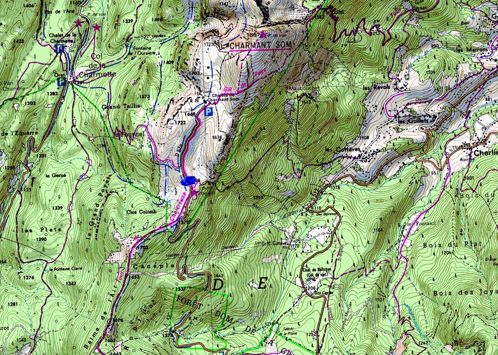 Map showing start of walks from Charmant Som roadside (Map: IGN 1:25,000 3334 OT)
